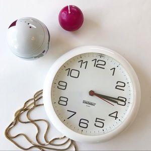 Vintage Interdesign Wall Clock Plastic 1984 White